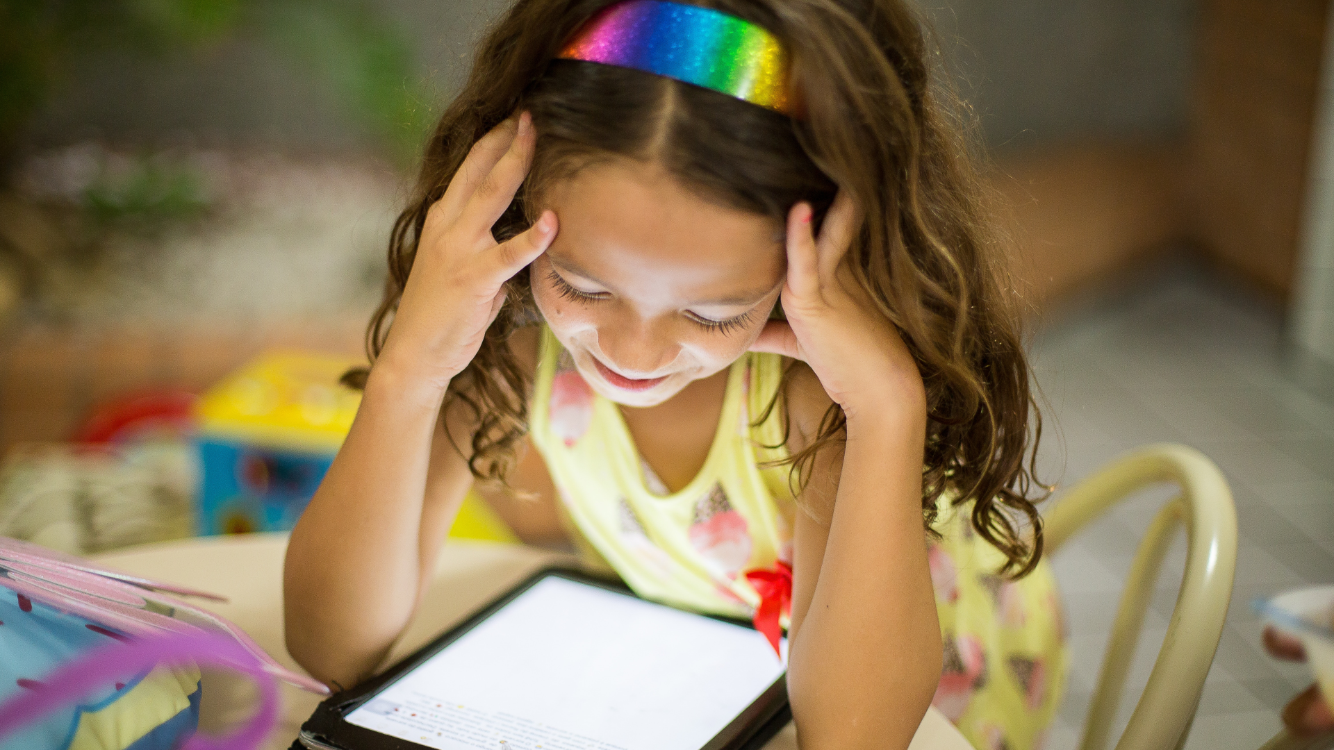 how to reduce toddler screen time